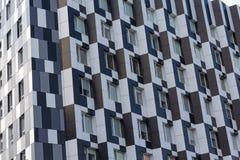 Fasader av byggnader i en modern stil Arkivbilder