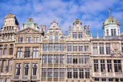 Fasader av gamla byggnader i Bryssel Royaltyfria Foton