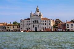 Fasader av hus i den italienska Venedig Royaltyfri Fotografi