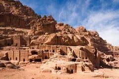 Fasader av Petra royaltyfri foto