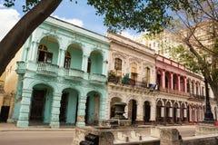 Fasader av slottar i Paseo del Prado i Havana Cuba Arkivfoton