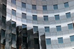 Fasader för kontor för Laförsvar moderna i Paris affärsområde Royaltyfri Fotografi