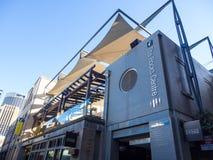 Fasadowy budynek skały centre jest modą, akcesoriami, jedzeniem i cukierkami rozmaitości znaleziska, przy Sydney CBD zdjęcie stock
