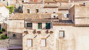 Fasady starzy domy w Tossa De Mar, Hiszpania Zdjęcia Stock