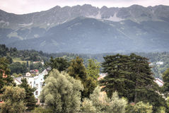Fasady typowi domy w Innsbruck, Austria zdjęcia royalty free