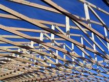 Fasci durante la costruzione su una casa Fotografie Stock Libere da Diritti