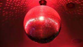 Fascinerande ljust färgrikt spegelförsett skraj rotera för belysning för lampa för garnering för tak för nattklubb för diskobollp arkivfilmer