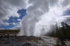 Fase del vapore del geyser della nave a vapore fotografie stock libere da diritti