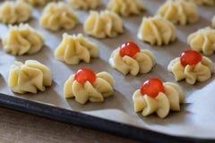 Fase della preparazione di dessert italiani fotografia stock libera da diritti