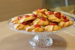 Fase della preparazione di dessert italiani immagine stock libera da diritti