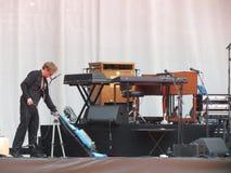 Fase di Leonard Cohen prima della manifestazione (Lucca 2013) Fotografie Stock