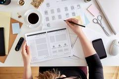 Fase di Wireframing di un progetto di web design fotografia stock