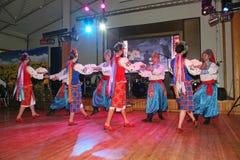 A fase do ¾ n de Ð é dançarinos e cantores, atores, membros do coro, dançarinos de corpo de bailado, solistas do conjunto ucrania Foto de Stock Royalty Free