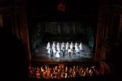 Fase no teatro da ópera, Budapest foto de stock royalty free