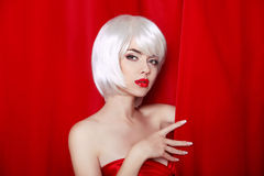 Fashion Beauty Blond Portrait with White Short Hair. Make-up. Be Royalty Free Stock Images