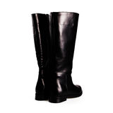 Fashion black winter boots Stock Photography