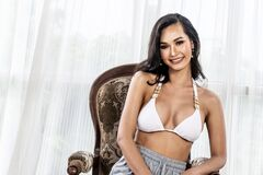 Free Fashion Portrait Of A Beautiful Sexy Asian Woman Sitting On A Stylish Leisure Stock Images - 200281954