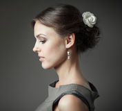 Fashion portrait of young beautiful woman Royalty Free Stock Photos