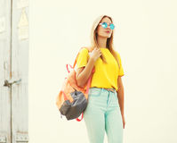 Fashion pretty young woman wearing a sunglasses and t-shirt Royalty Free Stock Photo