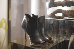 Fashion shoe. Shoe fashion retail shopping store elegance Royalty Free Stock Photography