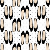 Fashion shoes seamless pattern on polka dots background. Royalty Free Stock Photos
