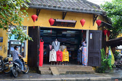 Fashion shop located at Old Town in Hoian, Vietnam Royalty Free Stock Photos