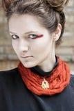 fashion ståendekvinnan Arkivbild