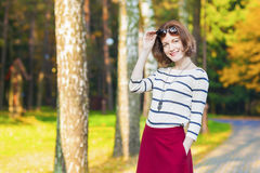 Fashion and Style Concepts: Smiling Caucasian Brunette Woman wit Royalty Free Stock Photos