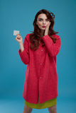 Fashion Woman Model Looking Surprised And Shocked Holding Card Stock Photos