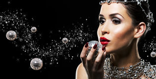 Fashion woman with perfect skin wearing dramatic makeup Royalty Free Stock Photography