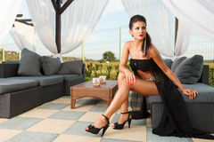 Fashionable brunette sexy female model Royalty Free Stock Photography