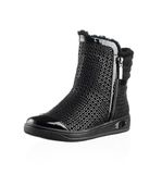 Fashionable men winter boot Stock Photography