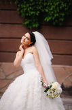 Fashionable stylish brunette bride Royalty Free Stock Photos
