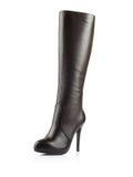 Fashionable women winter boot Stock Photography