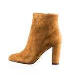 Fashionable women winter boot Stock Images