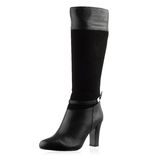 Fashionable women winter boot Royalty Free Stock Photo