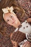 fasoli dziewczyna piękna czekoladowa kakaowa Obraz Royalty Free