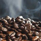 fasoli gorący kawowy piec Obraz Royalty Free