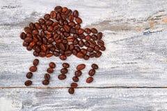 fasoli kawa odizolowywający podeszczowy biel Obrazy Stock
