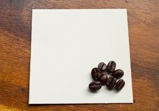 fasoli kawy papier Zdjęcia Royalty Free