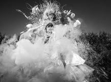 Fasonuje wizerunek zmysłowa dziewczyna w jaskrawym fantazi przestylizowaniu Obraz Royalty Free