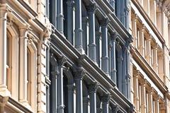 Fassade an den alten Häusern im Stadtzentrum gelegen Stockfotografie