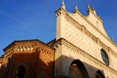 Fassade der Kathedrale von Vicenza in Venetien (Italien) genommen von der linken Seite Stockfotografie