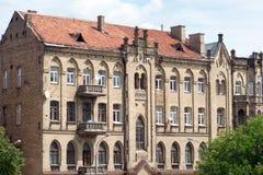 Fassade des alten Ziegelsteinhauses in Vilnius Stockfoto