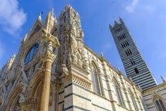 Fassade des Duomo, Siena, Toskana, Italien Stockfotos