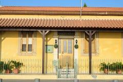 Fassade des Hauses in Larnaka, Zypern Lizenzfreies Stockbild