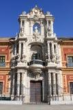 Fassade des Heiligen Telmo Palace in Sevilla Stockfotos