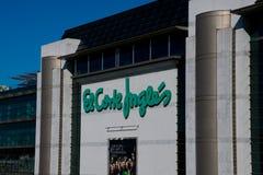 Fassade des Kaufhaus EL Corte Ingles das englische Schnitt-Mall stockfotos