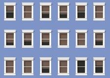 Fassade des modernen Gebäudes in der blauen Farbe, welche die Fenster von Häusern zur Unendlichkeit reproduziert lizenzfreie abbildung
