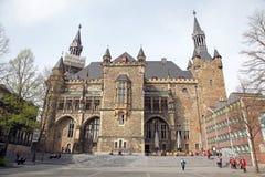 Fassade des Rathauses in Aachen, Deutschland Stockbild
